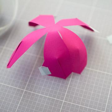 Тюльпаны из бумаги своими руками - соедините лепестки