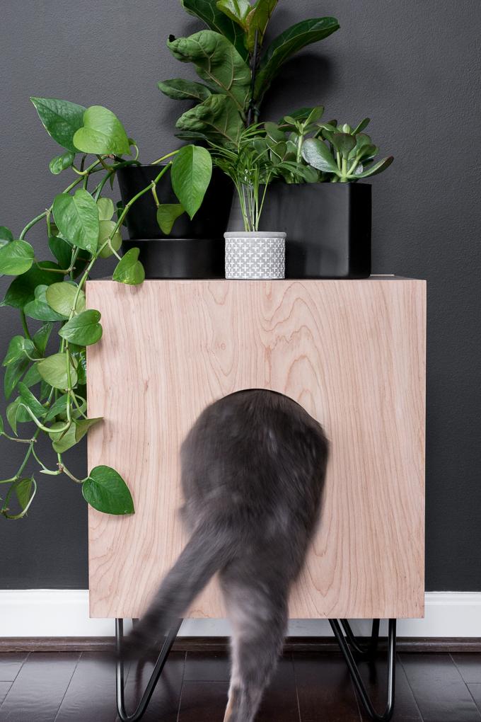 Домик для кошки - готовое изделие