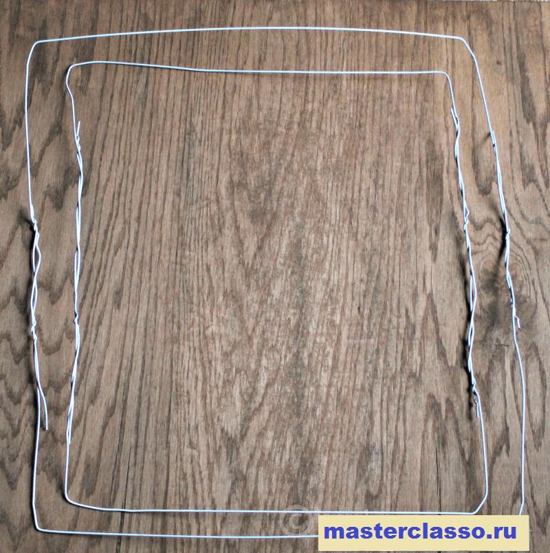 Квадратный венок из гортензий - сделайте из вешалок два квадрата